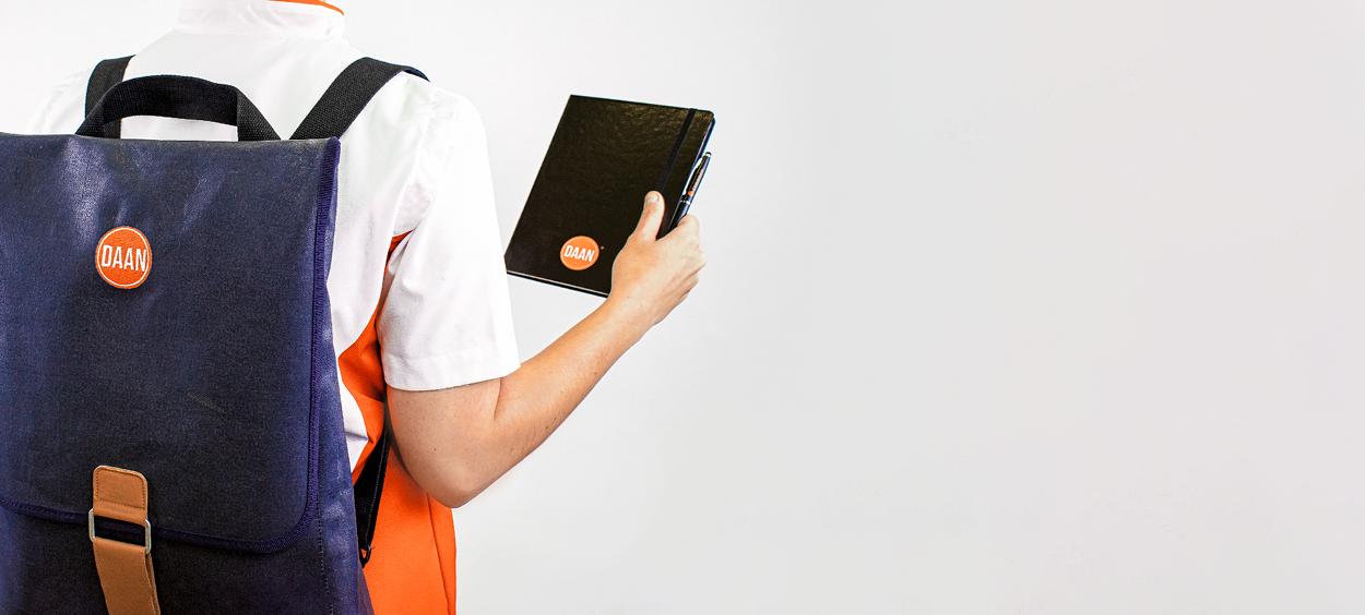 Opleiding Verpleegkundige | Branch , Zorgjasje.png | Branch